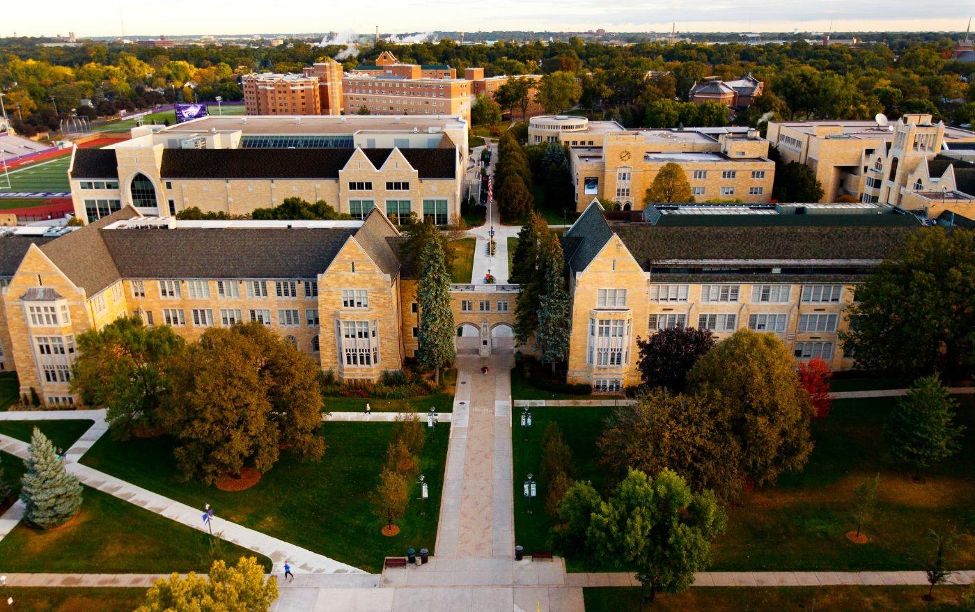 Săn học bổng lên tới 70% cùng đại học số 1 bang Minnesota - UNIVERSITY OF ST. THOMAS